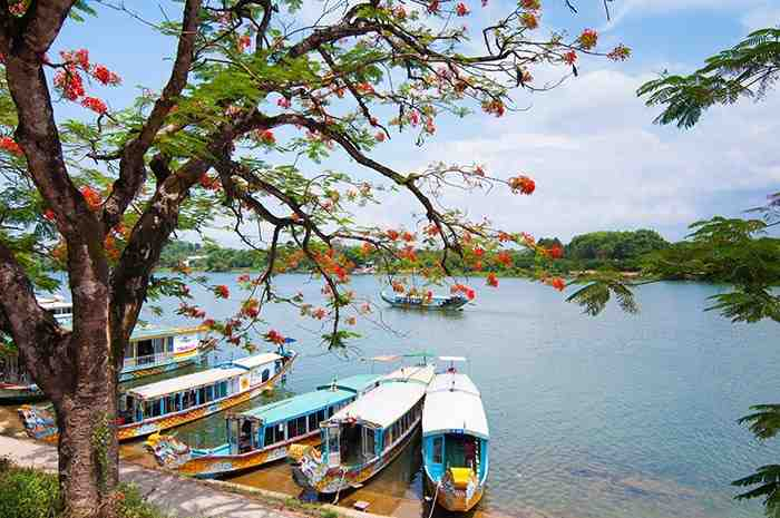 Boats in Huong River - Hue